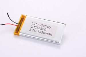 Li Polymer Battery LP653560 3.7V 1350mAh with protection circuit and wires(in center)