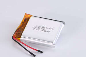 Li Polymer Battery LP703035 3.7V 900mAh with protection circuit and wires